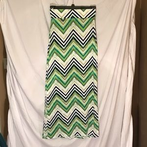 a. n. a (ana) green chevron striped maxi skirt XS